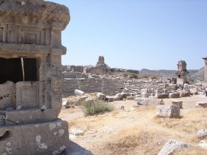 1280px-Xanthos_ruins
