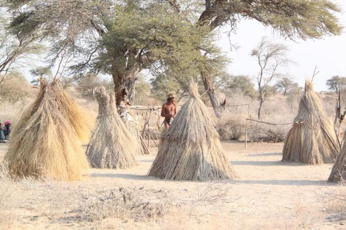 Viajar a Namibia: visitando a los bosquimanos de Nyae Nyae