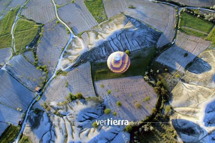 Viajar a Turquía: volamos en globo sobre las ciudades subterráneas de Capadocia