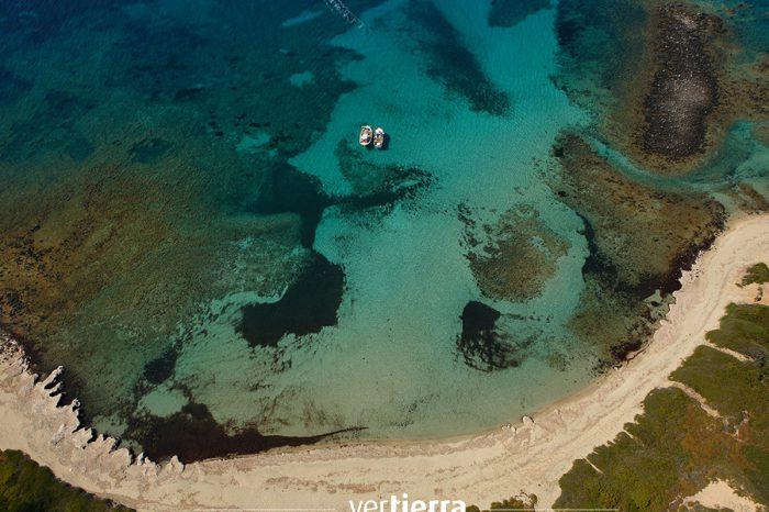 Las playas de Alónissos: viajamos a Grecia y descubrimos que todavía es posible perderse en una isla del Egeo