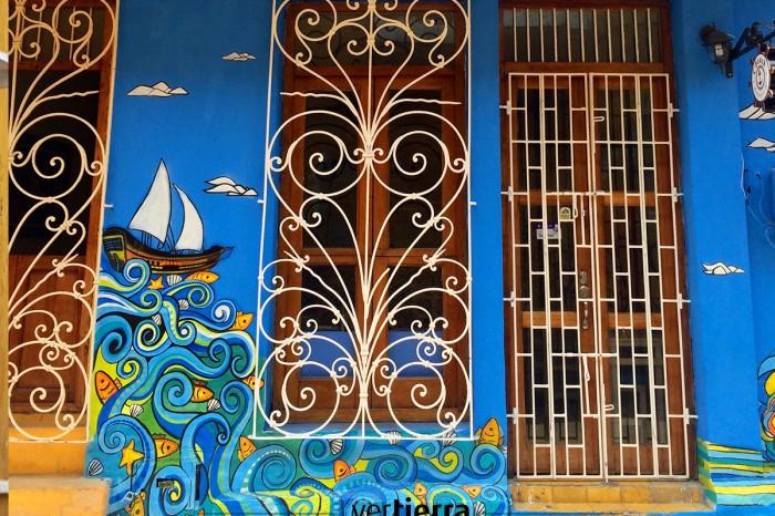 Viajamos a Cartagena de Indias, la ciudad de los mil colores, y te la enseñamos