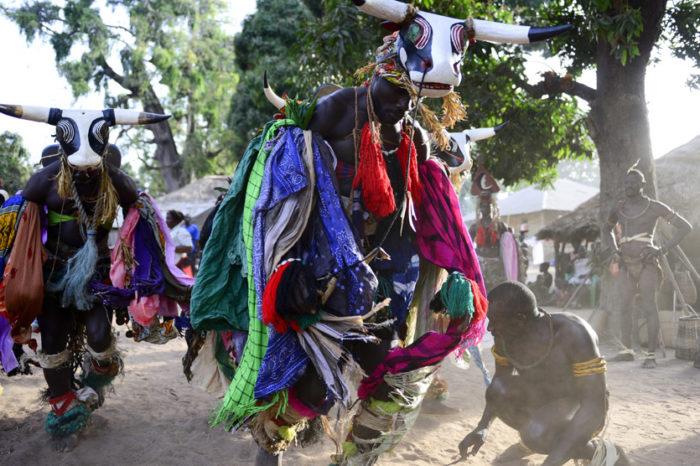 Baile de máscaras en Bijagós; ¿te lo vas a perder?